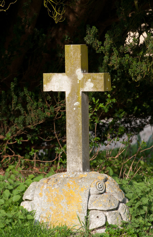 Old Cross Grave